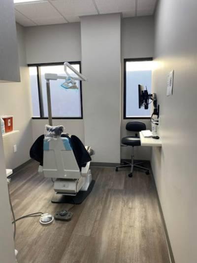 Dr. Zak Dental Care in Ventura