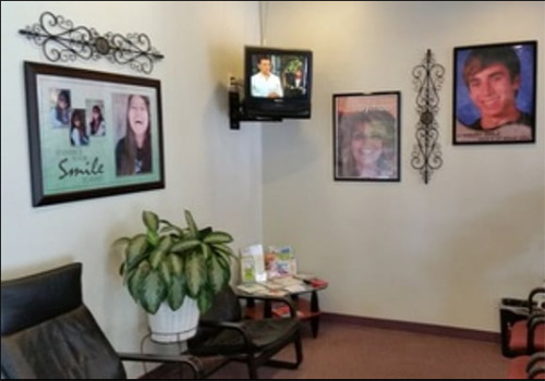 Dr. Zak Plaza Dental Office